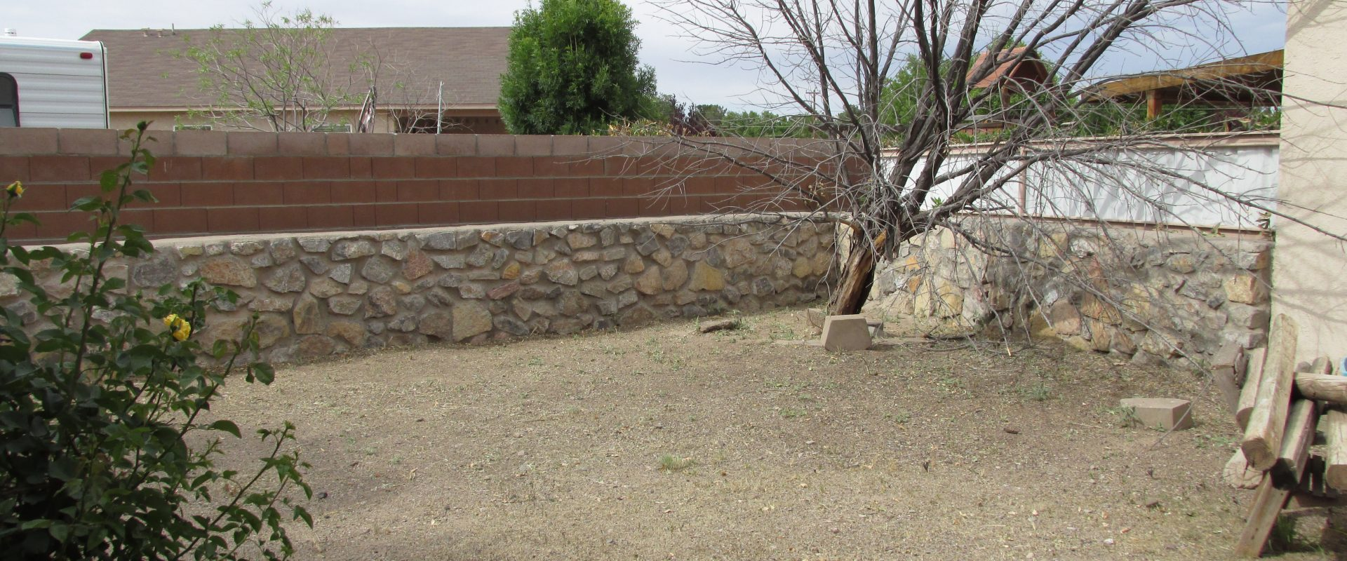 810 Chateau Dr., Las Cruces, New Mexico 88005