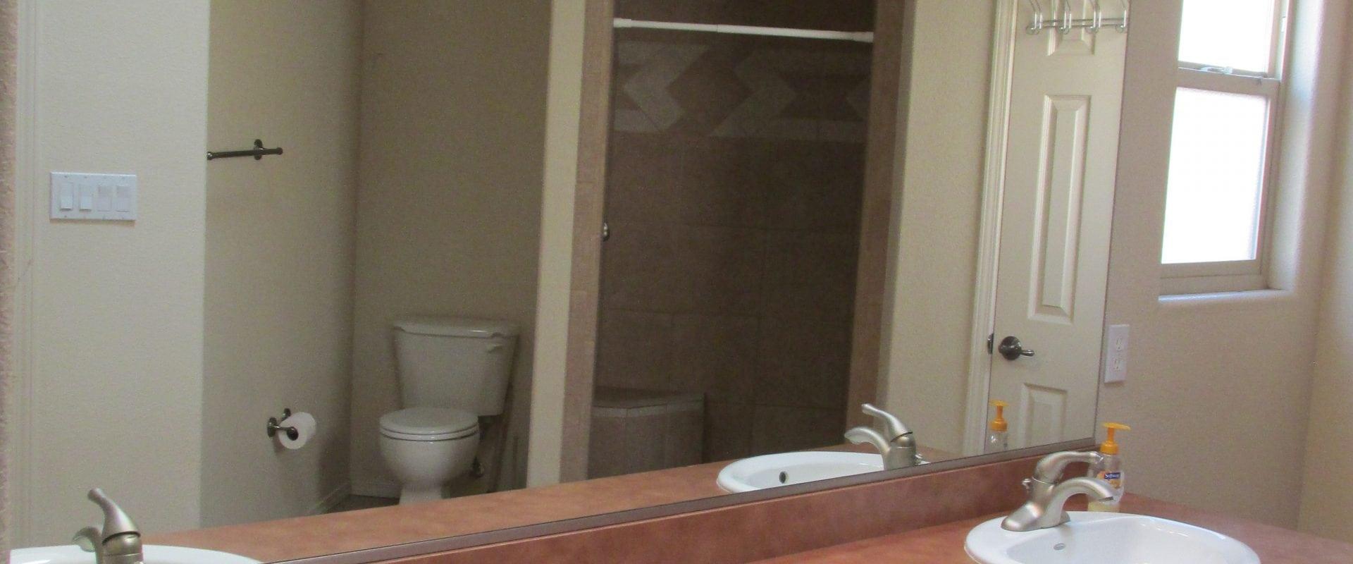 2011 Cotton Avenue, Las Cruces, NM  88001