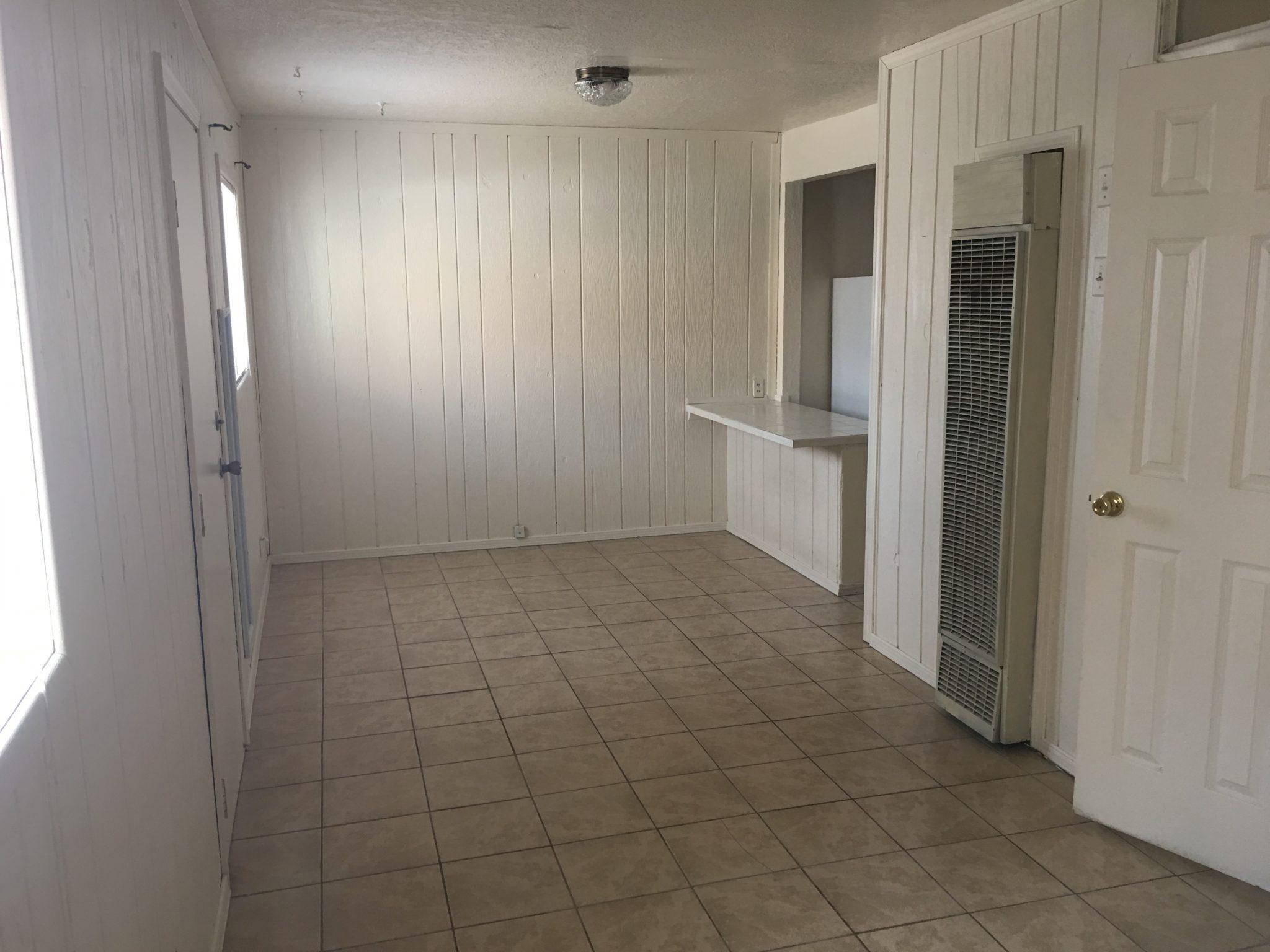 1105 Milton Rd. #D, Las Cruces, NM  88001