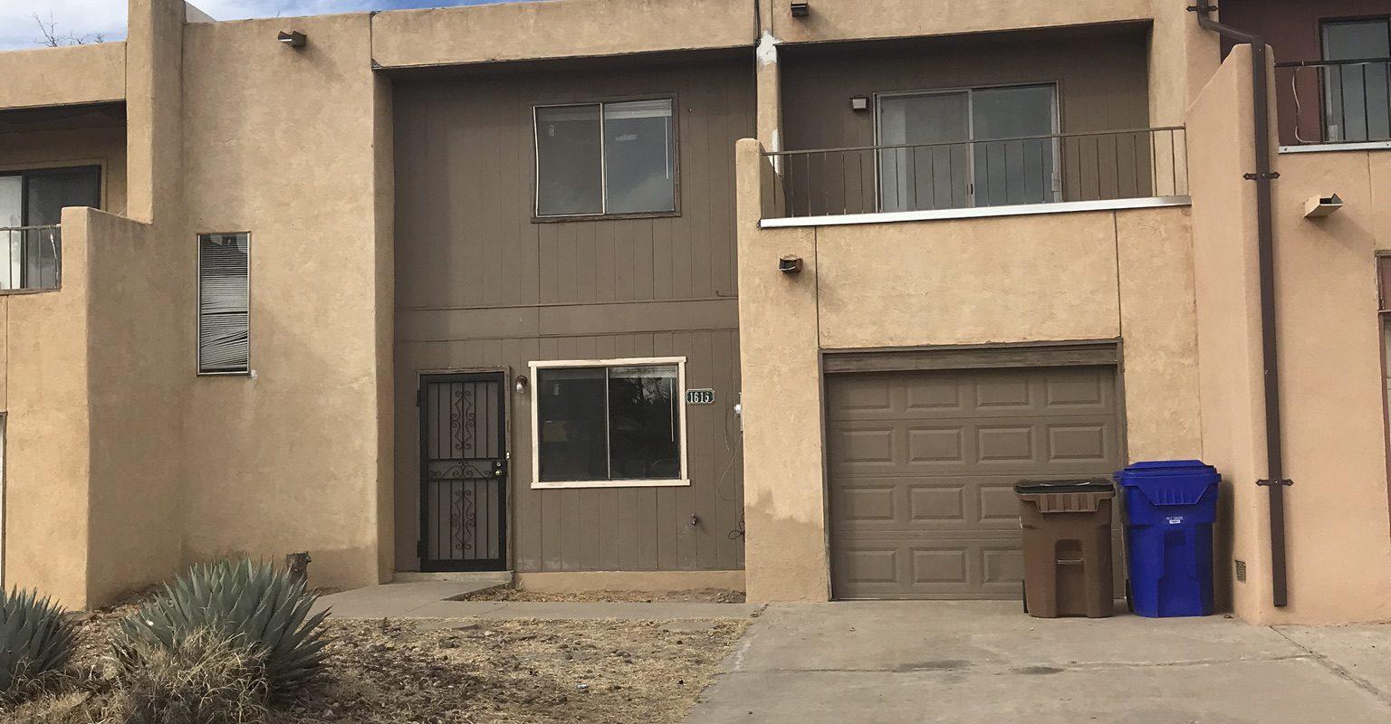 1615 Sunrise Ave., Las Cruces, NM  88001
