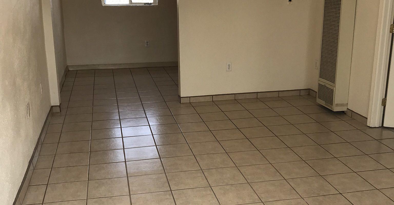 915 S. Solano Dr. #10, Las Cruces, NM  88001