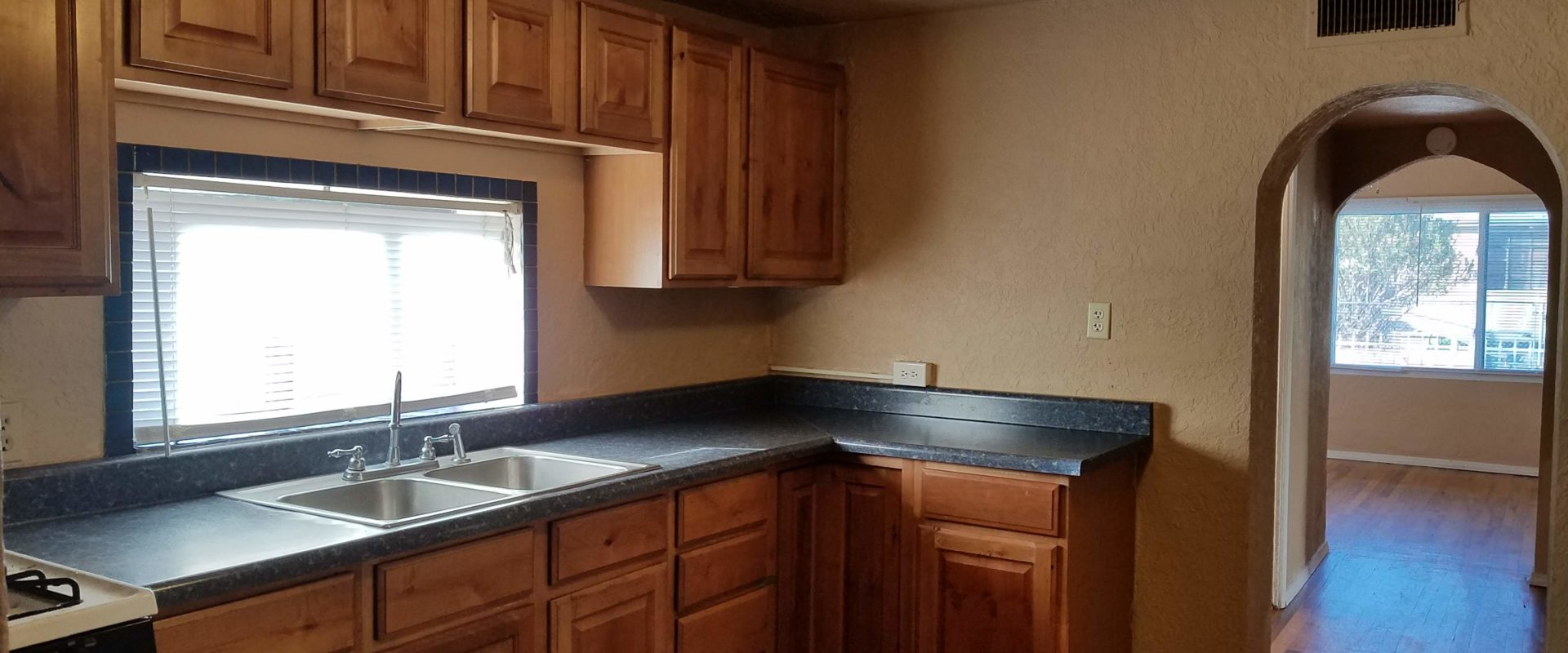 810 E. May Avenue, Las Cruces, NM  88001
