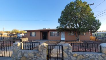 1921 Bromilow St., Las Cruces, NM  88001